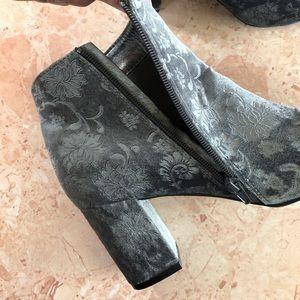 Diba Shoes - Diba Brodie floral velvet ankle heel boot size 7.5